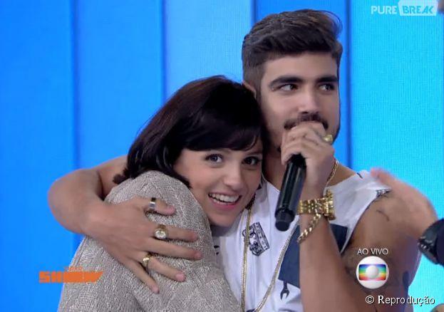 """Caio Castro foi ao """"Video Show"""" e Moniza Iozzi tietou muito o ator!"""