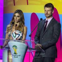 Com Fernanda Lima e Rodrigo Hilbert, sorteio define os jogos do Brasil na Copa 2014