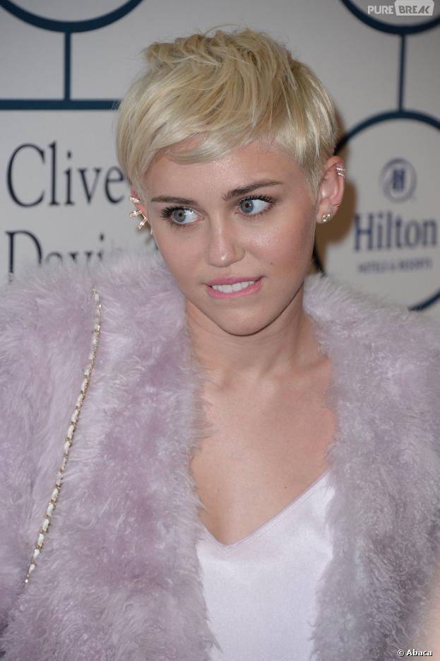 Miley Cyrus zoa com a cara de Justin Bieber em montagem no Instagram