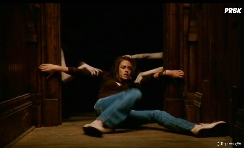 """Kristen Stewart é assombrada por espíritos em """"Os Mensageiros"""""""