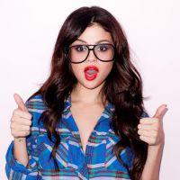 """Selena Gomez desabafa sobre fofocas na mídia e alfineta imprensa: """"Meus fãs sabem quem eu sou"""""""