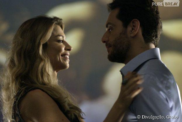 """Larissa (Grazi Massafera) vai ter noite quente com Alex (Rodrigo Lombardi) em """"Verdades Secretas""""!"""
