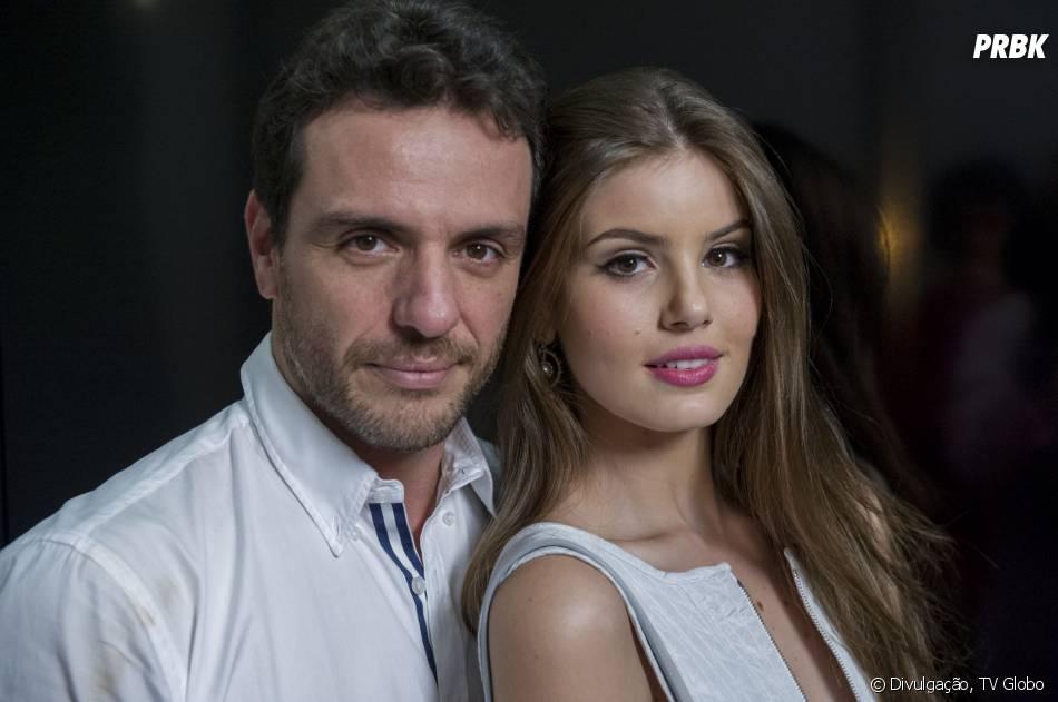 """Em """"Verdades Secretas"""", Alex (Rodrigo Lombardi) arma plano para controlar a vida de Angel (Camila Queiroz)"""
