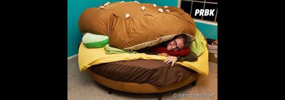 Essa cama é ideal pra quem gosta de comer e dormir