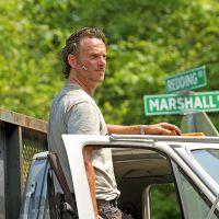"""Em """"The Walking Dead"""": Na 6ª temporada, Rick (Andrew Lincoln) aparece pela primeira vez em nova foto"""