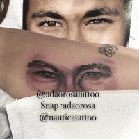 Neymar Jr. vira tatuagem no braço da irmã, Rafaella Santos, e fãs elogiam o resultado da homenagem!