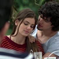 """Novela """"Verdades Secretas"""": Angel (Camila Queiroz) decide se casar com Guilherme e esconde de Alex"""