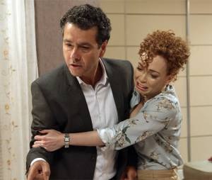"Aderbal (Marcos Palmeira) nunca apoiou o romance de Laís (Luisa Arraes) e Rafael (Chay Suede) em ""Babilônia"""