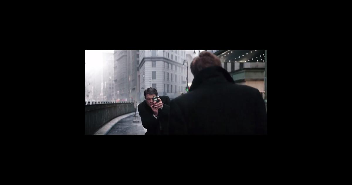 Robert Pattinson recria cenário de foto clássica do astro ...