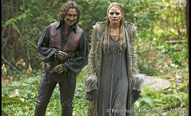 """Emma (Jennifer Morrison), está cheia de mistérios com o Senhor das Trevas (Robert Carlyle) em """"Once Upon a Time""""... O que será que sua personagem vai aprontar na quinta temporada?"""