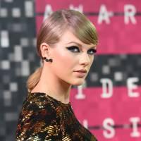 Taylor Swift na maior polêmica? Cantora é processada após acusar apresentador de pegar no seu bumbum