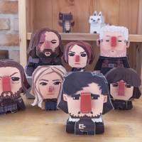 """De """"Game of Thrones"""": personagens da série viram bonequinhos de papel na mão de artista!"""