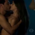 """Carolina (Drica Moraes) ia se matar após descobrir o caso de Angel (Camila Queiroz) com Alex (Rodrigo Lombardi) em """"Verdades Secretas"""""""