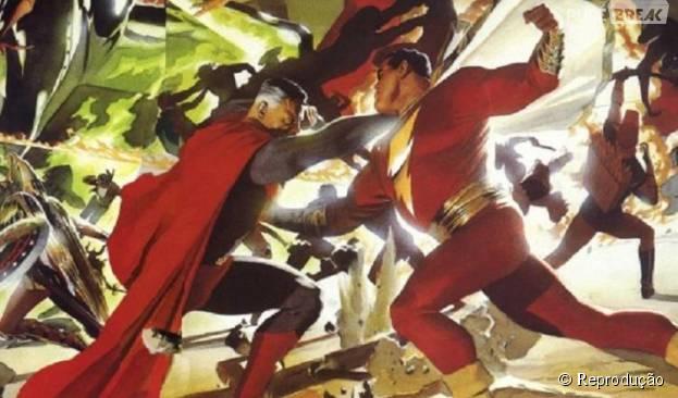 A disputa clássica entre Superman e Capitão Marvel deu o que falar! Como o Capitão estava sendo controlado, Superman não queria machucar o amigo. Sorte que o herói recupera a consciência e consegue salvar todos