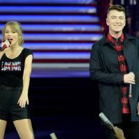 Sam Smith diz que Taylor Swift e Calvin Harris são uma nova versão de David e Victoria Beckham