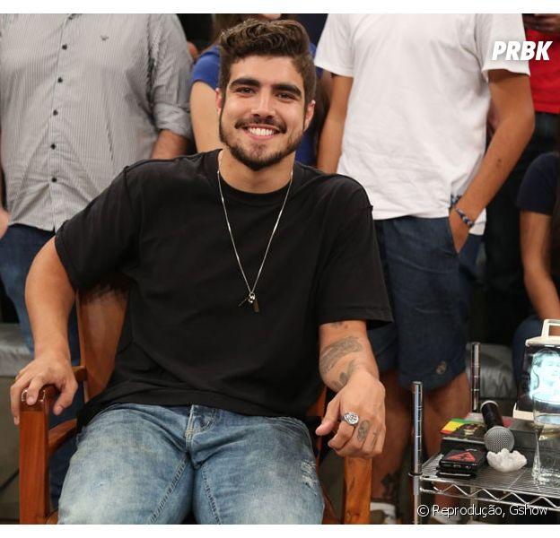 """Caio Castro nas gravações de """"Altas Horas"""", Globo"""
