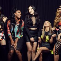 "Fifth Harmony canta One Direction em show e Niall Horan assiste ao cover de ""Perfect"" da plateia!"