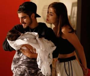 """E o que falar de Grego (Caio Castro) fazendo de tudo para agradar Margot (Maria Casadevall) e Maria em""""I Love Paraisópolis""""?"""