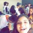 Giovanna Grigio se emocionou na despedida dos amigos de escola