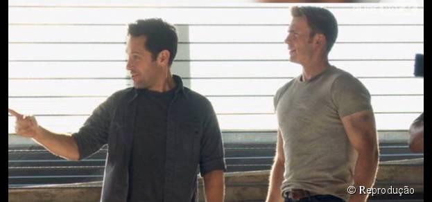 """De """"Capitão América: Guerra Civil"""": Homem-Formiga (Paul Rudd) e Capitão América (Chris Evans) aparecem juntos em nova imagem do filme"""