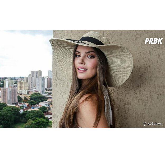 """Camila Queiroz tem várias """"gêmeas"""" famosas! Descubra quem são elas"""