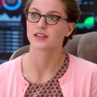 """Em """"Supergirl"""": na 1ª temporada, Kara (Melissa Benoist) é ameaçada para revelar identidade secreta!"""