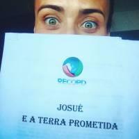 """Novela """"A Terra Prometida"""", da Record: Juliana Silveira será igual Khaleesi de """"Game of Thrones""""?"""
