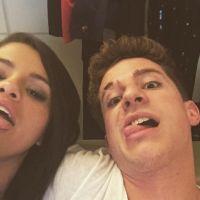 """Selena Gomez e Charlie Puth divulgam trechos de """"We Don't Talk Anymore"""", parceria da dupla! Ouça"""