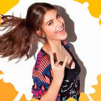 """Giovanna Grigio, de """"Êta Mundo Bom"""", canta Luan Santana, Anitta e Sam Alves no Meet & Break!"""
