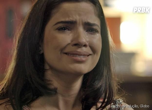 """Novela """"A Regra do Jogo"""": Tóia (Vanessa Giácomo) diz para Juliano (Cauã Reymond) que está grávida de Romero (Alexandre Nero) e nega pedido de namoro do ex-lutador"""