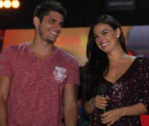 "Isis Valverde e Bruno Gissoni formaram casal em ""Avenida Brasil"""