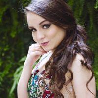 Larissa Manoela 15 anos: Atriz posta vídeo para anunciar a chegada do grande dia e fãs piram!