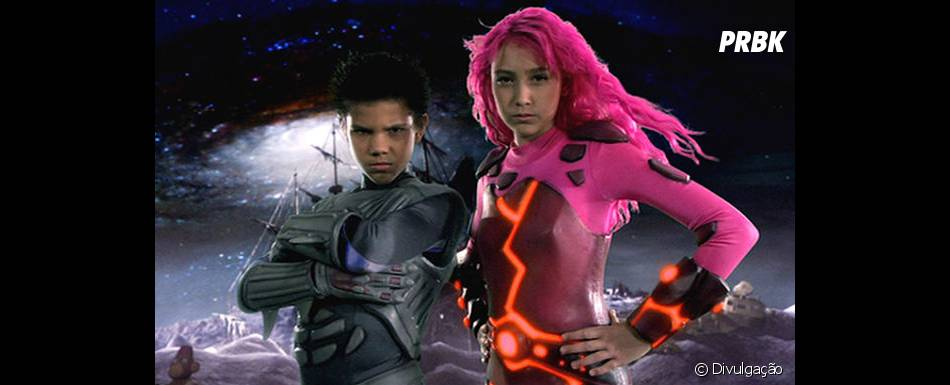 """Taylor Lautner começou a ficar famoso mesmo na pele de Sharkboy em""""As Aventuras de Sharkboy e Lavagirl em 3-D"""", de 2005"""