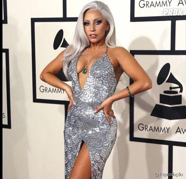 Lady Gaga no tapete vermelho do Grammy 2015