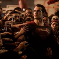 "Filme ""Batman Vs Superman"" ultrapassa ""Os Vingadores 2: A Era de Ultron"" na pré-venda de ingressos"