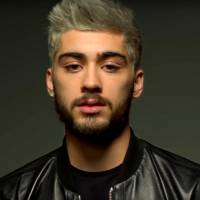 "Zayn Malik, ex-One Direction, divulga tracklist do álbum ""Mind of Mine"" no Instagram!"