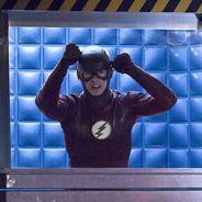 """Em """"The Flash"""": na 2ª temporada, Barry (Grant Gustin) viaja no tempo e encontra grande inimigo!"""