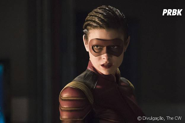 """Em """"The Flash"""": Barry (Grant Gustin) encara nova velocista feminina que não está com boas intenções!"""