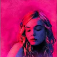 """Elle Fanning, de """"Malévola"""", aparece incrível nos novos cartazes do terror """"The Neon Demon"""""""