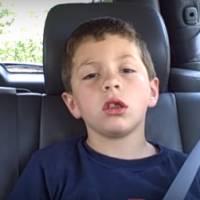 Apocalipse zumbi? Família finge ataque após irmã mais nova extrair dente e vira hit na internet!
