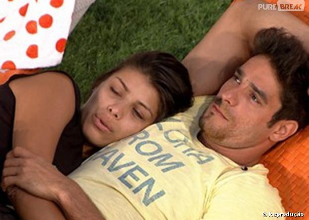"""O casal Franciele e Diego vivem entre tapas e beijos dentro do """"BBB14"""""""
