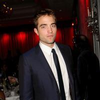 Robert Pattinson investe na carreira musical e quer gravar álbum solo