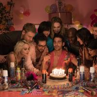 """Em """"Sense8"""": com Alfonso Herrera, ex-RBD, fotos da segunda temporada são liberadas na internet!"""