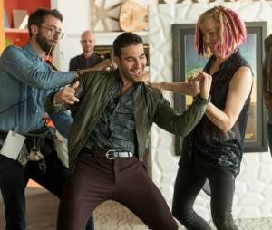 """Em """"Sense8"""",Miguel Ángel Silvestre (Lito) se diverte durante as gravações da segunda temporada!"""