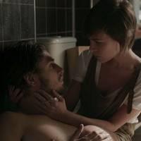 """Final """"Totalmente Demais"""": Rafael (Daniel Rocha) e Leila transam, mas jovem foge no dia seguinte"""