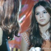 """Na novela """"Em Família"""": Helena não quer Luiza perto de Shirley: """"Não acho legal"""""""