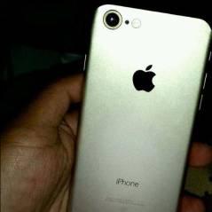 iPhone 7, da Apple, aparece em possível primeira imagem vazada. Confira!