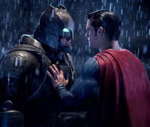 """""""Batman Vs Superman: A Origem da Justiça"""": gótico(a), só sai de madrugada, o morcego do rolê"""