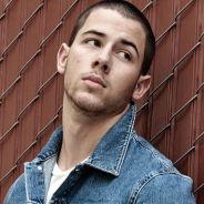 Nick Jonas posa sexy para revista, fala sobre público gay e revela inspirações para novo álbum!