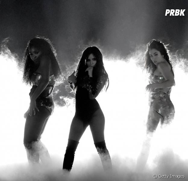 "Fifth Harmony faz primeira performance do single ""All In My Head (Flex)"""